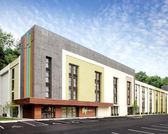 Even Hotel Norwalk - Norwalk - Building