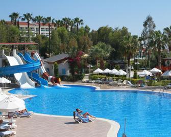 Annabella Diamond Hotel & Spa - Avsallar - Bể bơi