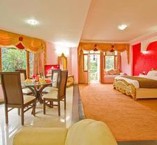 Royal Park Resort