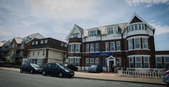 The Sea Princess - Great Yarmouth - Building