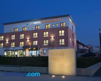 Cityhotel am Mckeeplatz - Crailsheim - Gebäude