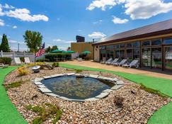Quality Inn & Suites - Plattsburgh - Pool