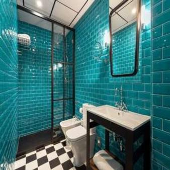 Room Mate Valeria - Málaga - Bathroom