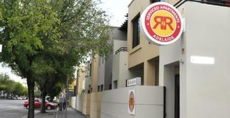 Rnr Serviced Apartments Adelaide - Adelaide - Outdoor view