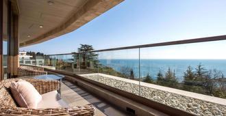 Swissôtel Resort Sochi Kamelia - Sochi - Balcony