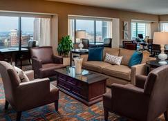 Sheraton Columbus Hotel at Capitol Square - Columbus - Sala de estar