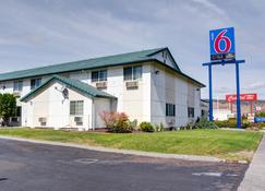 Motel 6 The Dalles - The Dalles - Building