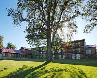 Best Western Edgewater Resort - Sandpoint - Building