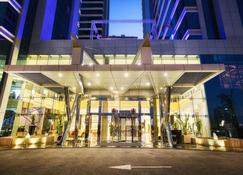 Ghaya Grand Hotel - Dubai - Building