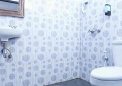 登帕薩德克里斯那旅館 - 登巴薩 - 登巴薩 - 浴室