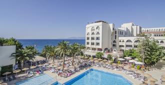 Hotel İmbat - Kusadasi - Pool
