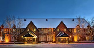 โรงแรมวอร์ต - แจ็คสัน