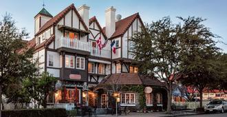 Mirabelle Inn and Restaurant - Solvang - Building