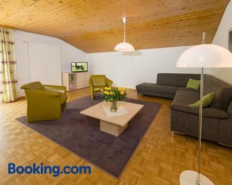 Postgebäude - Grächen - Living room