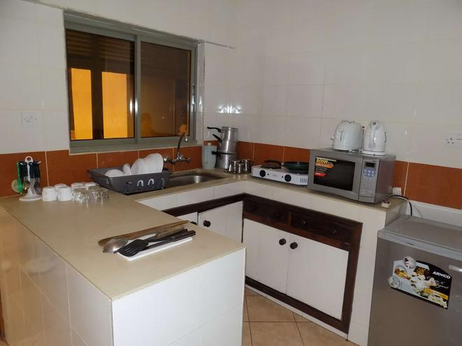 Kenya Comfort Hotel Suites - Nairobi - Cocina
