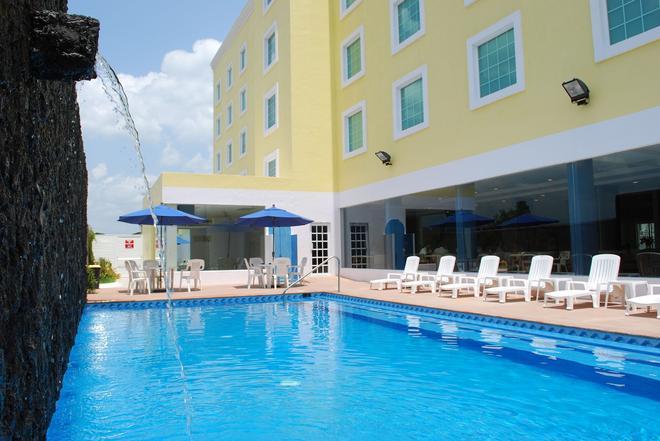 Río Vista Inn - Poza Rica - Poza Rica - Piscina
