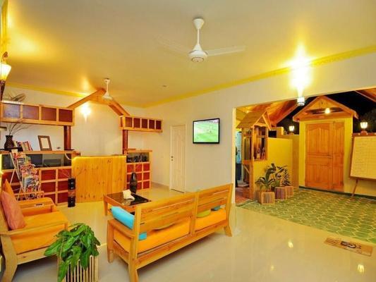 Arena Lodge Maldives - Maafushi - Front desk
