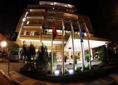 Hotel Continental - Luanda - Edificio