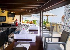 Hotel Continental - Luanda - Bar