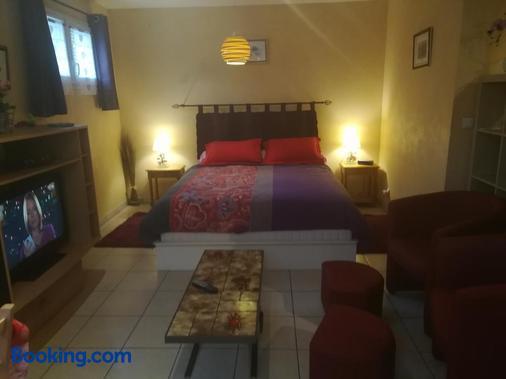Maison - Montricher-Albanne - Bedroom