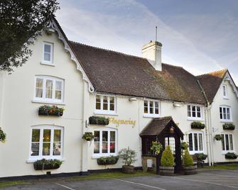 Angmering Manor - Littlehampton - Building