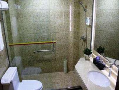 Super 8 by Wyndham Hefei Feixi Peach Industrial Zone - Hefei - Bathroom