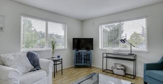 Spacious 2 bedroom, 2 bath condo in Ballard, Seattle - Brewery district - Seattle - Wohnzimmer