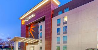 La Quinta Inn & Suites by Wyndham Lubbock West Medical Centr - לאבוק