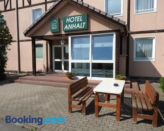 Hotel Anhalt - Sandersdorf-Brehna - Building