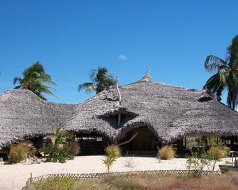 Ulala Lodge - Pemba - Gebouw