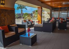 Le Grand Courlan Spa Resort - Black Rock - Lounge