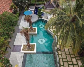 Segara Anak Hotel - Kuta - Zwembad