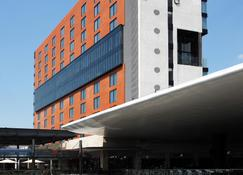 Fairfield Inn & Suites by Marriott Mexico City Vallejo - Mexico City - Building