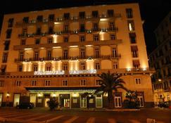 Starhotels Terminus - Neapol - Budynek