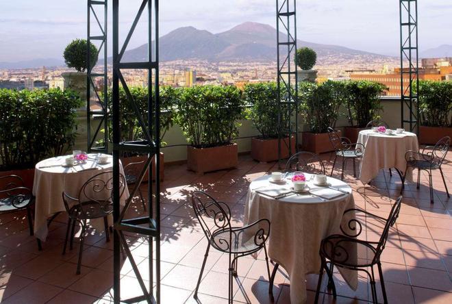 Starhotels Terminus - Naples - Restaurant