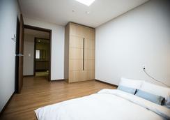 Jeju Marevo Resort - Jeju City - Bedroom