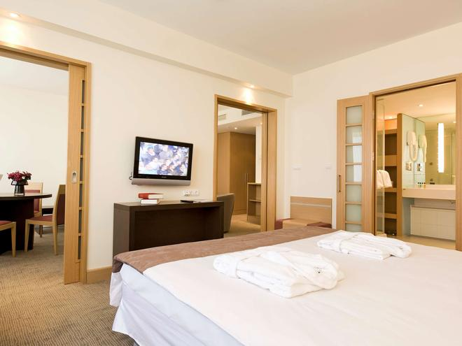 Novotel Istanbul Zeytinburnu - Istanbul - Bedroom