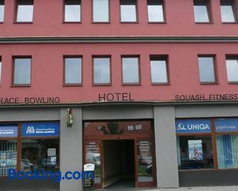 Hotel Kaskada - Ledeč nad Sázavou - Building