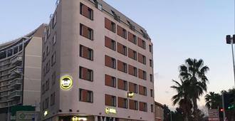 B&B Marseille Centre La Timone - Marseille - Bâtiment