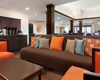 Country Inn & Suites by Radisson Fort Bragg - Spring Lake - Wohnzimmer