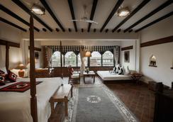 The Dwarika's Hotel - Катманду - Лобби
