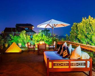 The Dwarika's Hotel - Kathmandu - Gebouw