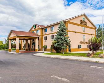 Quality Inn & Suites - Montrose - Building