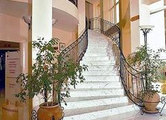 Hotel du Parc - טוניס - מדרגות