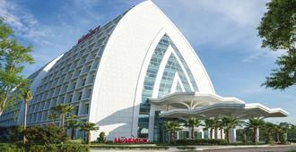 Movenpick Hotel And Convention Centre Klia - ספאנג