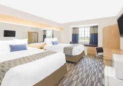 Microtel Inn & Suites by Wyndham Ames - Ames - Makuuhuone