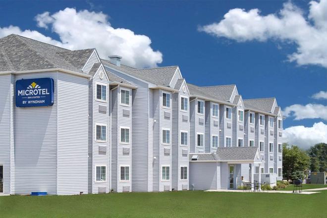 Microtel Inn & Suites by Wyndham Ames - Ames - Rakennus
