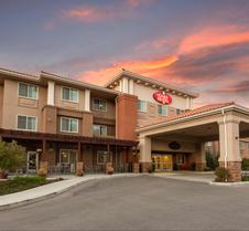 The Oaks Hotel and Suites Ascend Hotel Collection