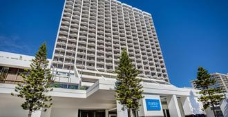 Mantra on View Hotel - Surfers Paradise - Building