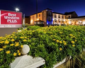 Best Western Plus Salinas Valley Inn & Suites - Salinas - Gebouw